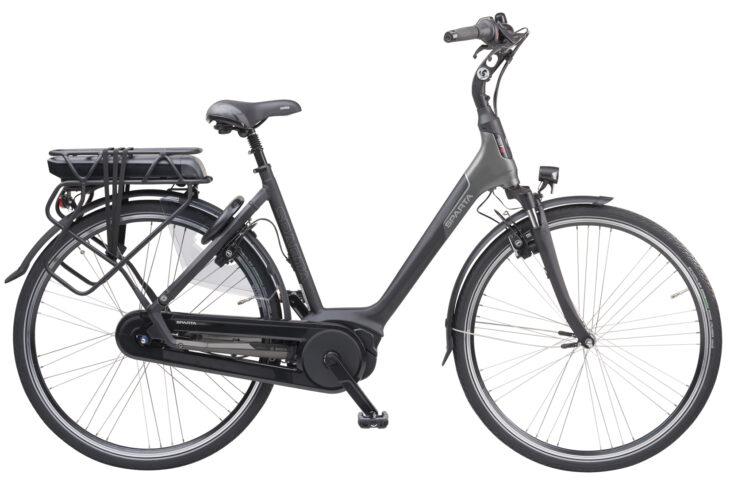 De Sparta M7B is scherp geprijsd leverbaar bij de enige officiële Sparta Premium dealer van Alphen aan den Rijn; Van der Louw tweewielers.