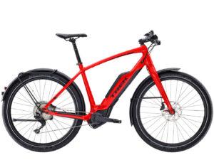 De accu is stevig in het frame bevestigd, maar kan eenvoudig worden verwijderd. Je kunt hem opladen via elk stopcontact in huis, ook als de accu nog in de fiets zit.